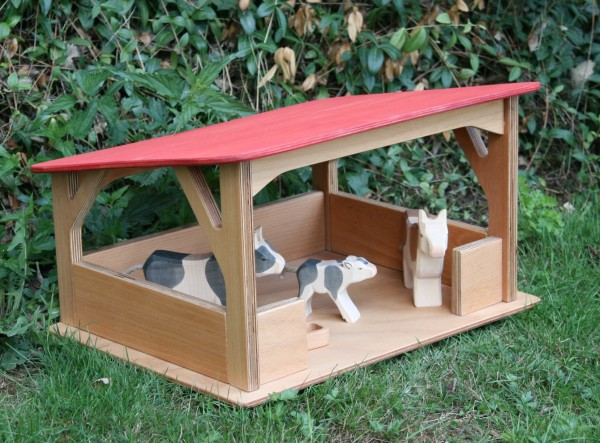 Holz-Stall-mit-rotem-Dach-verneuer.jpg